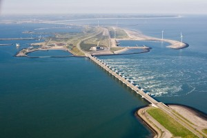 The Delta Works are often cited as the world's largest flood protection project. With more than 16,500 kilometers of dikes and 300 structures, the project is one of the most extensive engineering projects in the world.