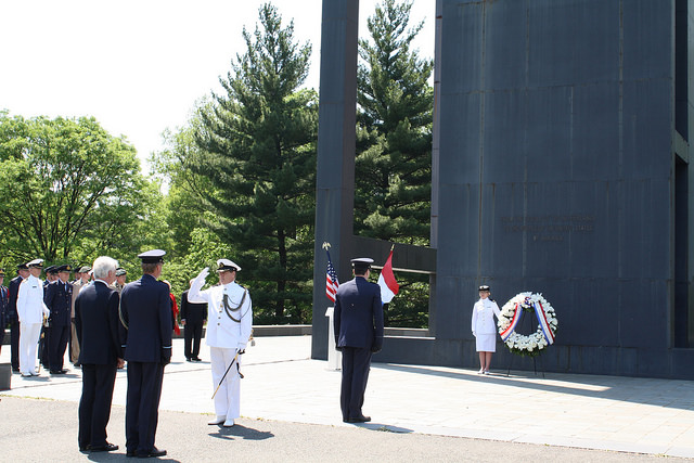 Wreath-laying ceremony on May 4 to commemorate National Memorial Day