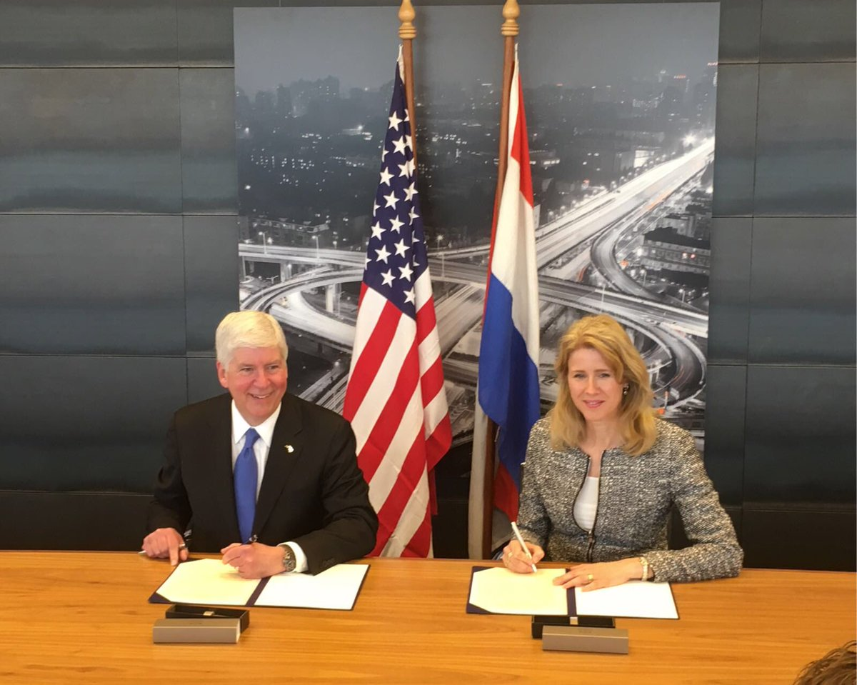 The Netherlands, Michigan sign automotive collaboration