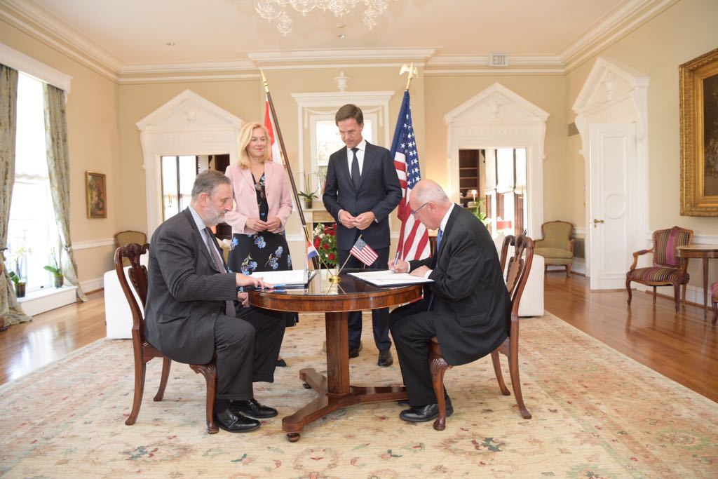 The Netherlands and the United States sign defense treaty